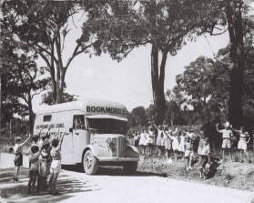photo: bookmobile