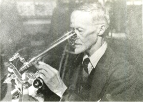 photo: walter drowley filmer and microscope